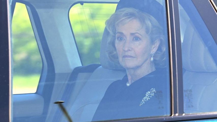 Penny Knatchbull, Gräfin Mountbatten of Burma bei der Beerdigung von Prinz Philip