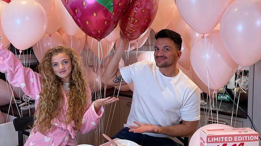 Peter Andre mit seiner Tochter im März 2021
