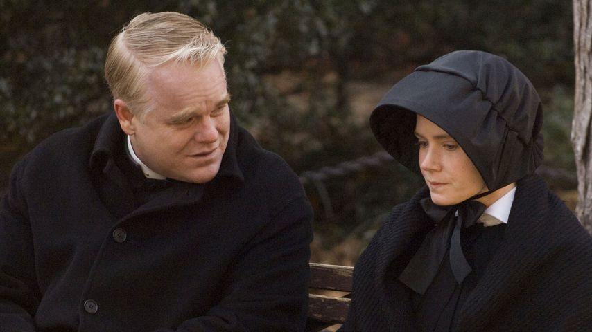 Emotional: Amy Adams weint um Philip S. Hoffman