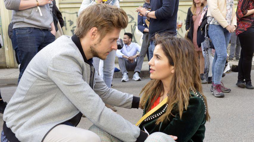 Philipp (Jörn Schlönvoigt) und Laura (Chryssanthi Kavazi) bei GZSZ