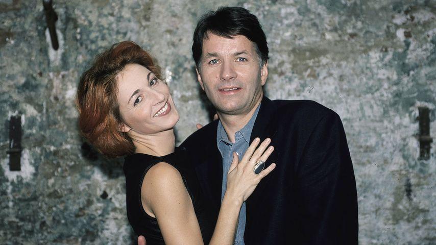 """Pia Heilmann (Hendrikje Fitz) und Roland (Thomas Rühmann) bei """"In aller Freundschaft"""""""