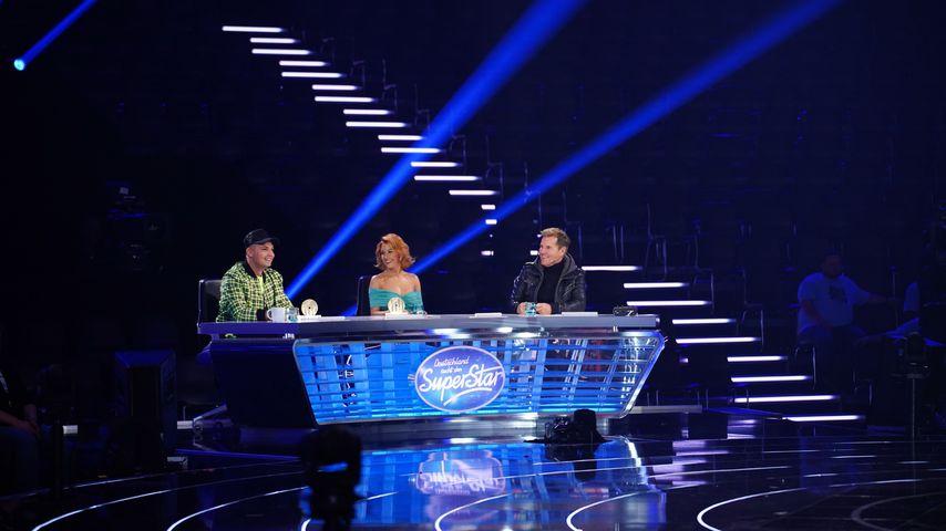 Pietro Lombardi, Oana Nechiti und Dieter Bohlen in der ersten Liveshow von DSDS