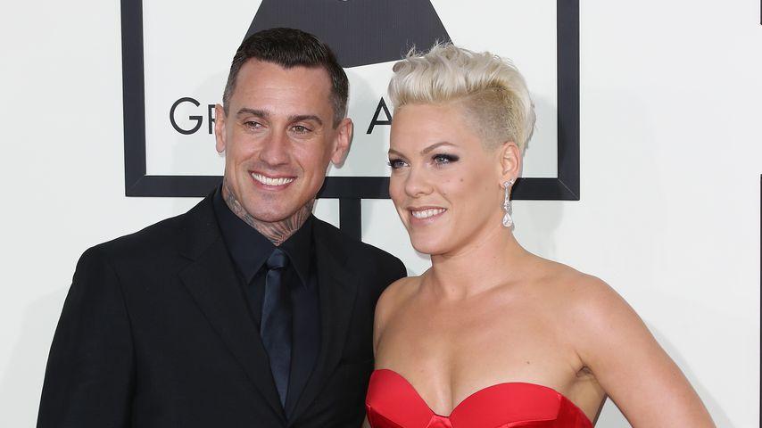 Pink und ihr Ehemann Carey Hart, bei den Grammy Awards