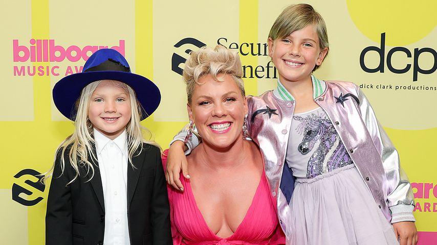Pink mit ihren Kindern Jameson Moon und Willow Sage, Mai 2021