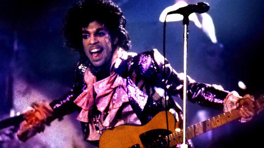 Trauerfeier in Lila: Familie & Fans verabschieden Prince