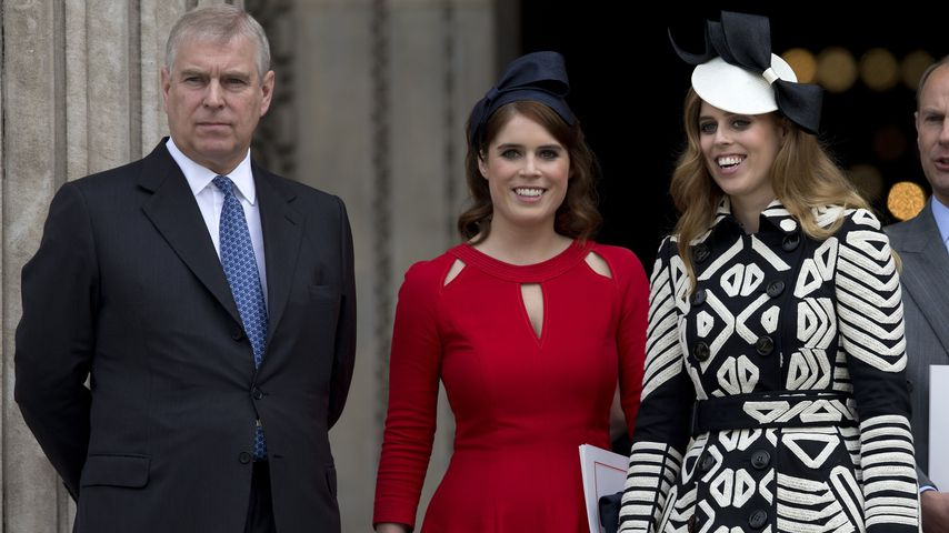 Prinz Andrew, Prinzessin Eugenie und Prinzessin Beatrice in London