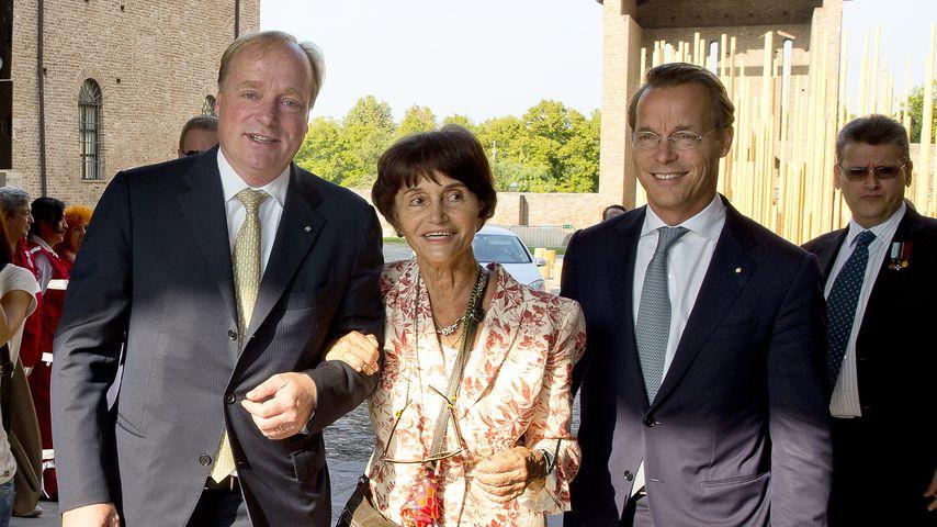 Prinz Carlos von Bourbon, Prinz Jaime and Maria Teresa von Bourbon-Parma