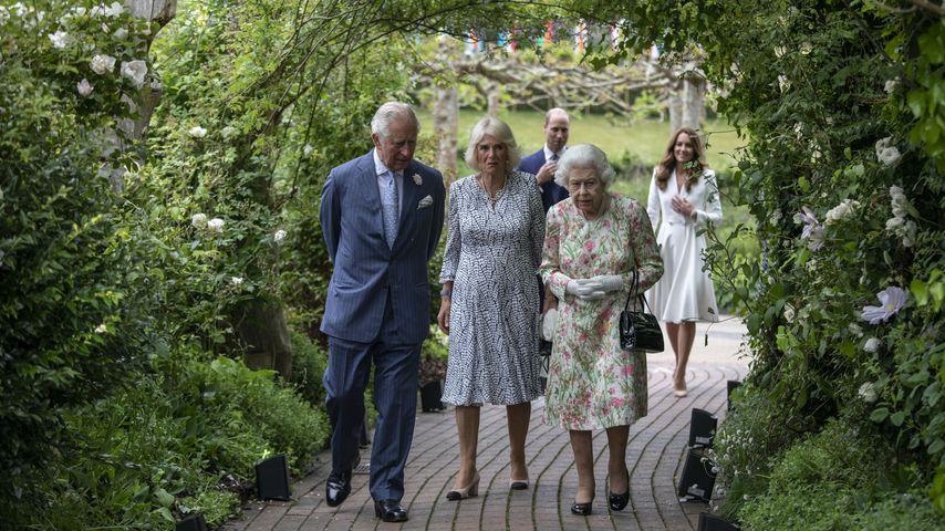 Prinz Charles, Herzogin Camilla, Queen Elizabeth II., Prinz William und Herzogin Kate