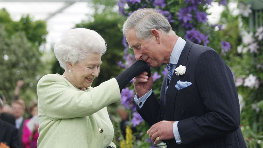 Vor B-Day-Publikum: Prinz Charles nennt Queen Mummy!