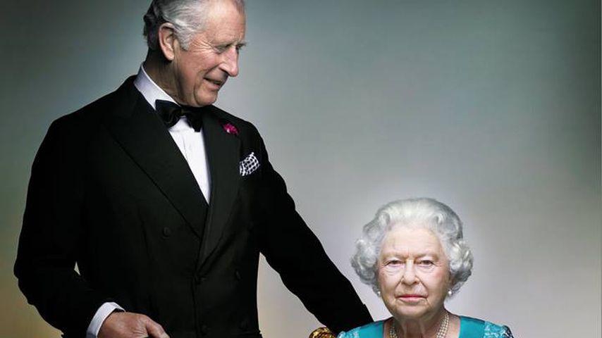 Lustig! Das steckt hinter Queen Elizabeths & Charles' Foto!