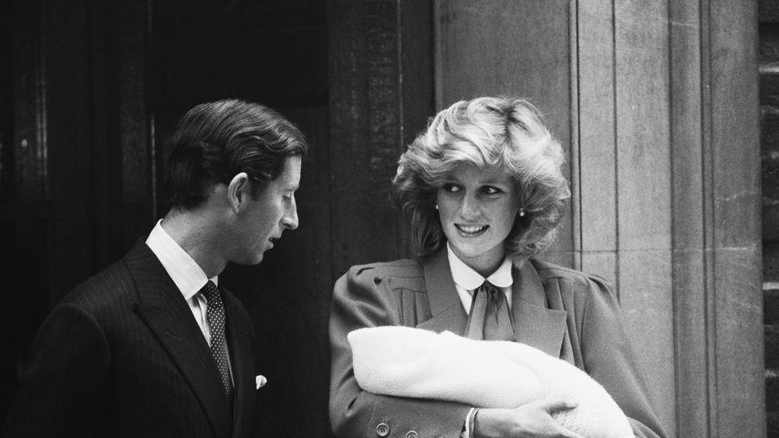 Prinz Charles und Prinzessin Diana mit ihrem Sohn Prinz Harry, 1984