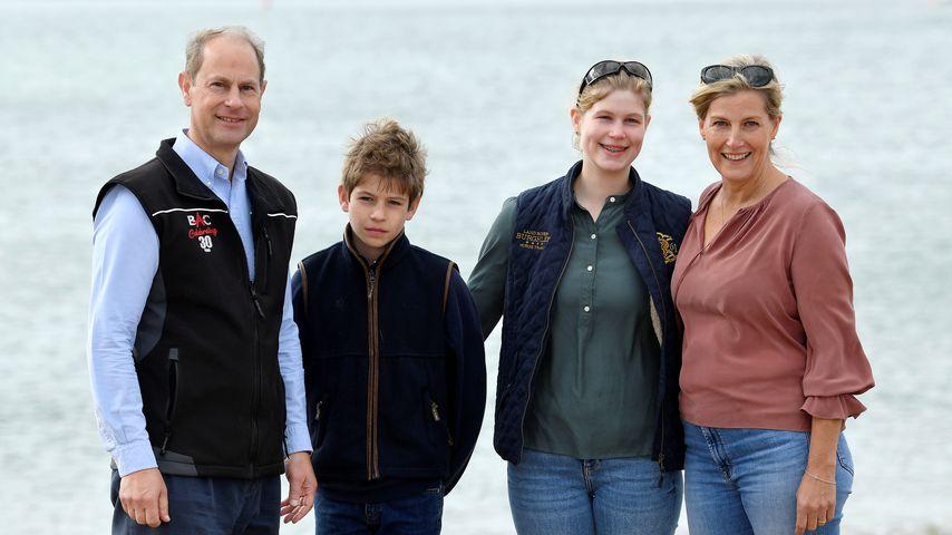 Prinz Edward mit seinen Kindern James und Louise sowie seiner Frau Sophie von Wessex
