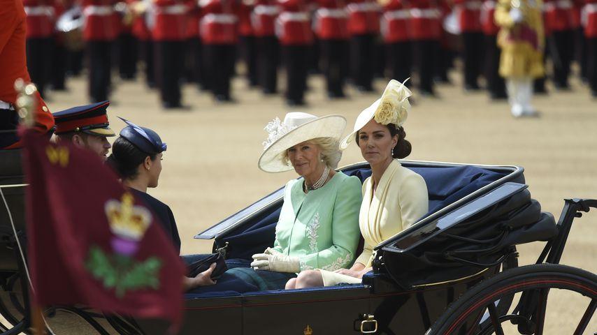 Meghan & Kate haben Trooping the Colour-Parade genossen