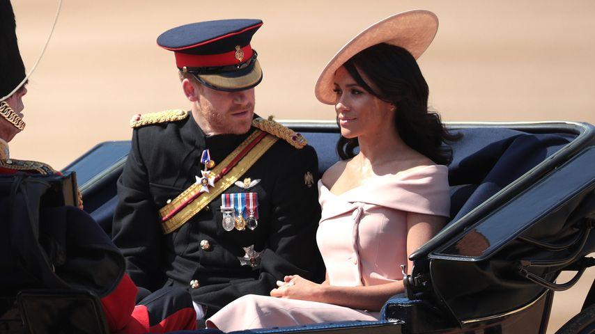 Prinz Harry und Herzogin Meghan bei einer Kutschfahrt