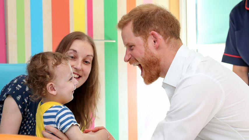 Prinz Harry bei einem Besuch im Kinderkrankenhaus von Sheffield im Juli 2019