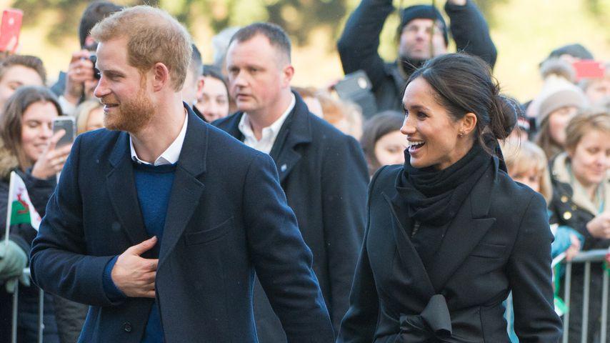 Prinz Harry und Meghan Markle beim Besuch des Cardiff Castles