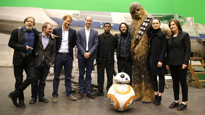 "Ohne Meghan & Kate? Harry & William bei ""Star Wars""-Premiere"
