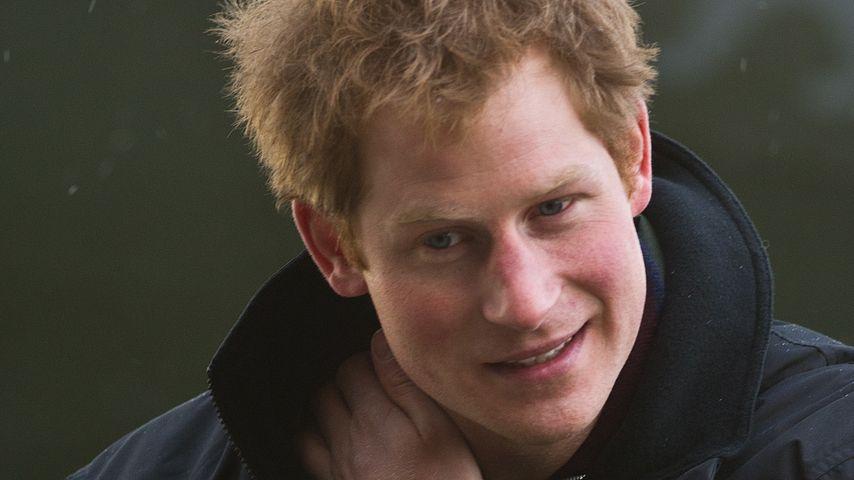 Party-Prinz! Harry feiert wild mit Gogo-Tänzerin