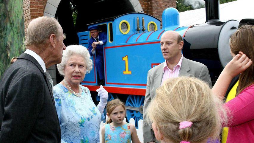 Prinz Philip und Queen Elizabeth mit Thomas, der Lokomotive, Sommer 2006