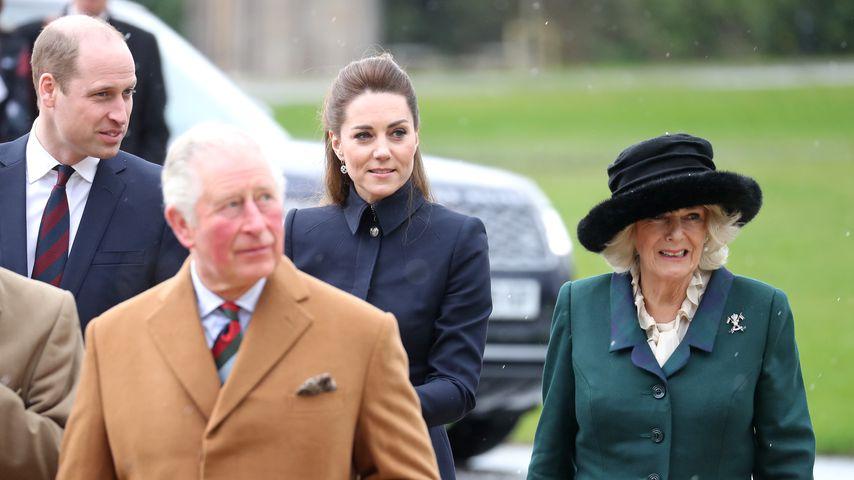 Prinz William, Prinz Charles, Herzogin Kate und Herzogin Camilla in Loughborough