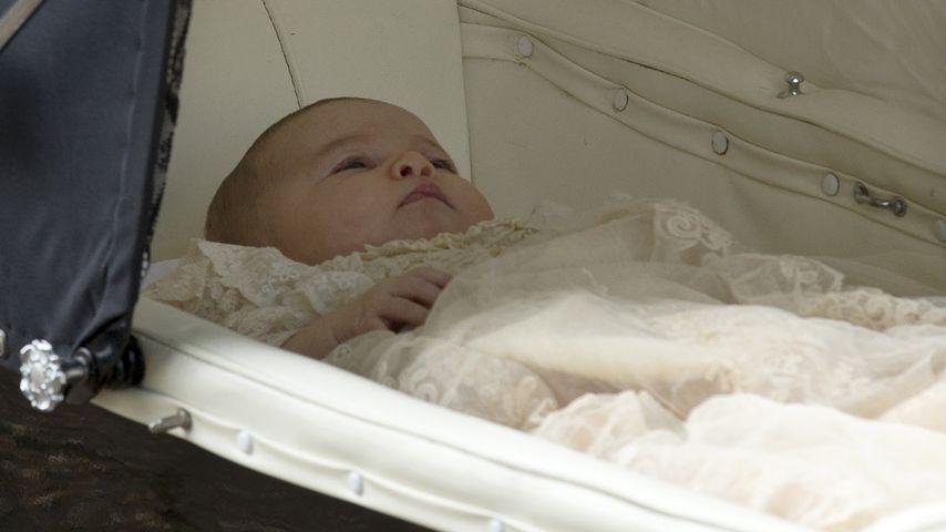Erste Bilder: Seht hier Taufkind Prinzessin Charlotte!