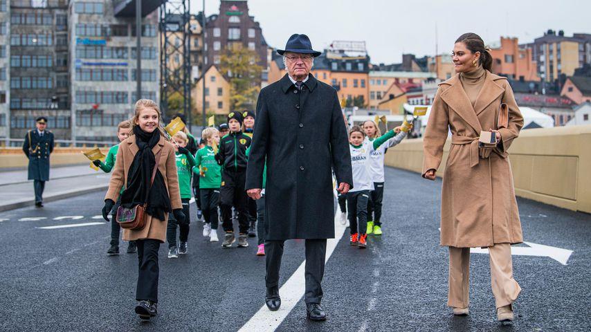Prinzessin Estelle, König Carl Gustaf und Prinzessin Victoria von Schweden im Oktober 2020