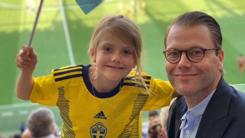 Prinzessin Estelle und Prinz Daniel von Schweden bei der Fußball-WM der Frauen