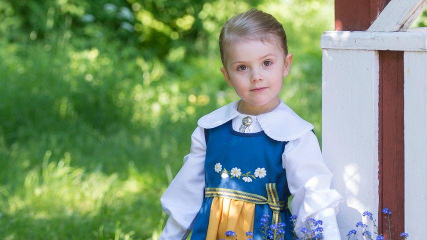 Kleine Patriotin: Prinzessin Estelle ganz erwachsen