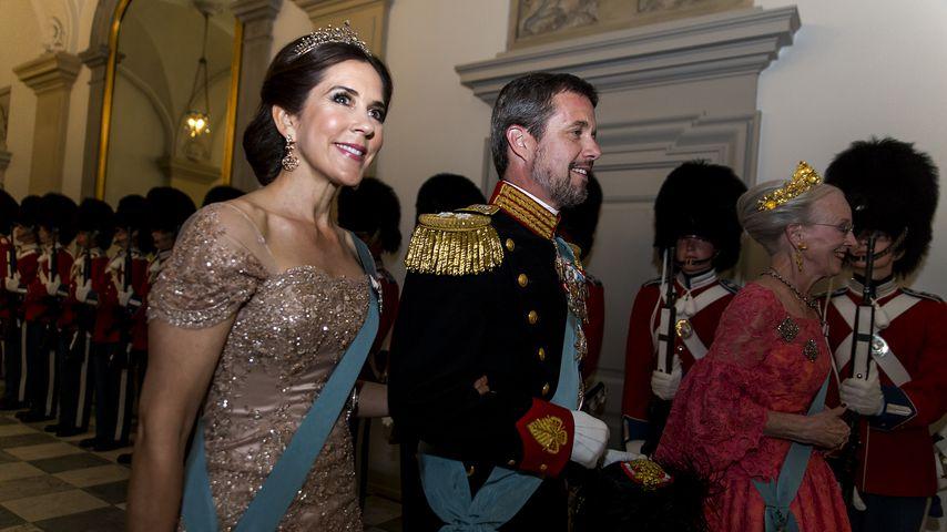 Prinzessin Mary, Prinz Frederik und Königin Margrethe von Dänemark
