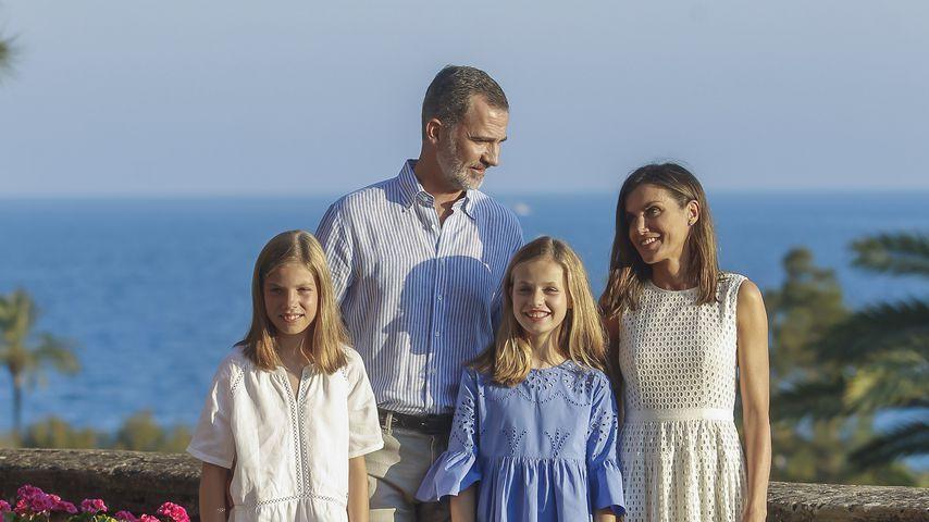 Prinzessin Sofía König Felipe, Prinzessin Leonor und Königin Letizia von Spanien (vl.)