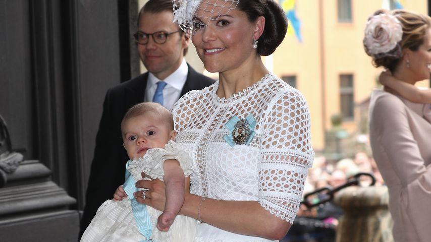 Kronprinzessin Victoria von Schweden mit Söhnchen Prinz Oscar