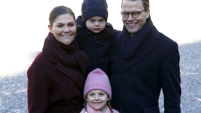 Prinzessin Victoria und Prinz Daniel mit ihren Kindern Oscar und Estelle, 2019