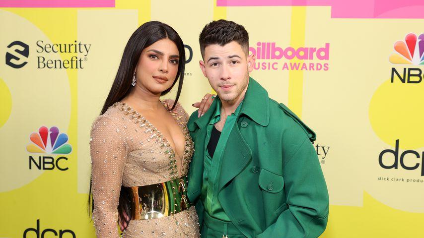 Nick Jonas' Moderationsdebüt: Seine Priyanka ist total stolz