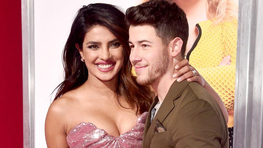 "Priyanka Chopra und Nick Jonas bei der ""Isn't It Romantic""-Premiere in L.A. im Februar 2019"