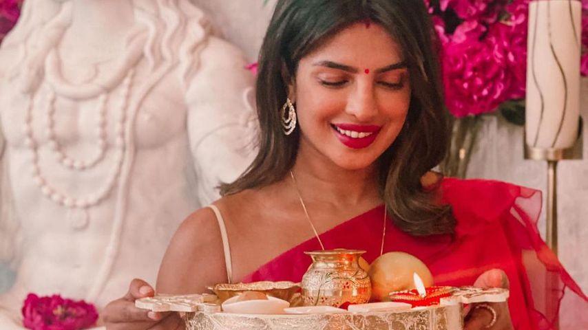 Priyanka Chopra zum Karva Chauth