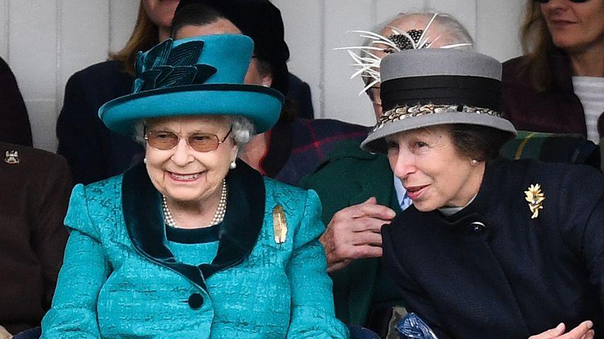 Queen Elizabeth II. und ihre Tochter Prinzessin Anne