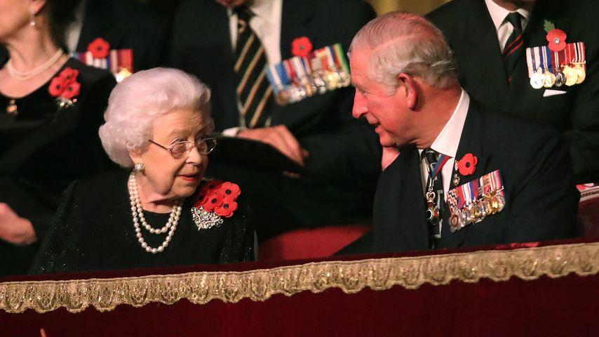 Queen Elizabeth II. und Prinz Charles im November 2018