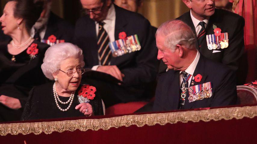 Queen Elizabeth II. und ihr Gatte Prinz Charles im November 2018