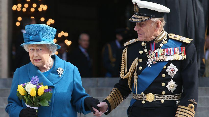 Kranker Mitarbeiter: Sind die Queen und Philip in Gefahr?