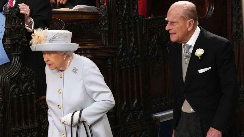 Queen Elizabeth II. und Prinz Philip bei der Hochzeit von Prinzessin Eugenie und Jack Brooksbank