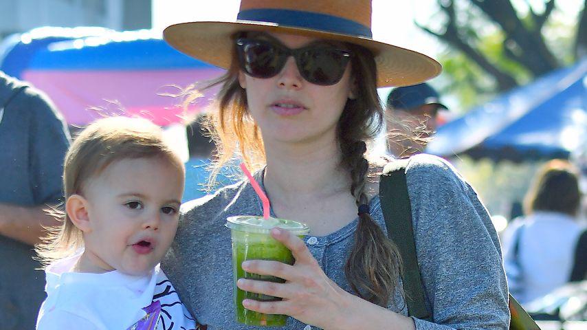 Selten süße Fotos: Rachel Bilson unterwegs mit Tochter Briar