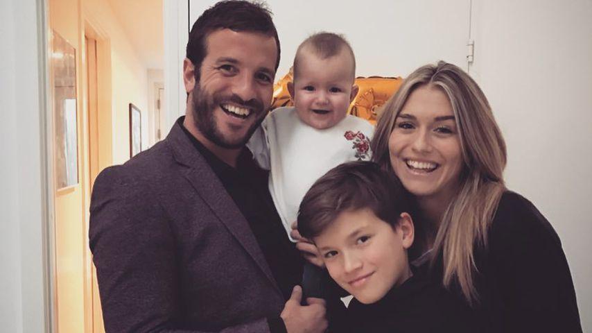 Rafael van der Vaart mit seiner Tochter Jesslyn, seinem Sohn Damian und seiner Partnerin Estavana