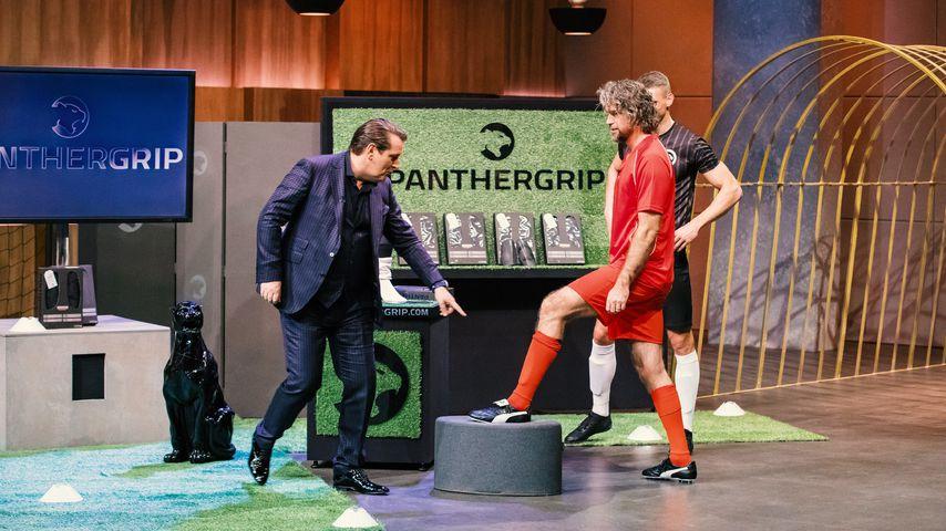 Ralf Dümmel und Nils Glagau beim Pitch von Panthergrip