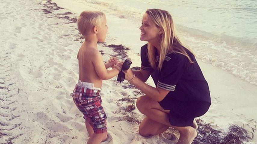 Banana Phone: Reese Witherspoon albert mit ihrem Sohn