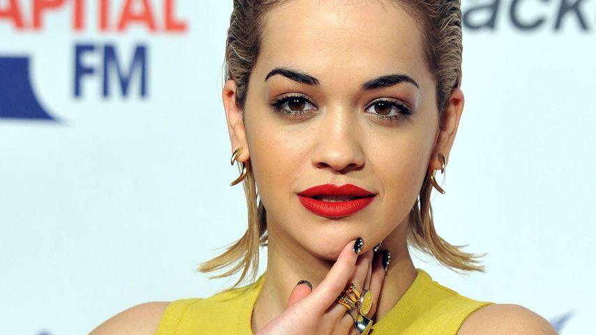 Rita Ora mit Glam-Frisur für Kurzentschlossene