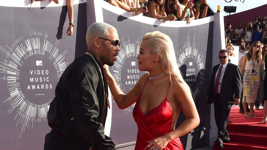 """Rita Ora verteidigt Chris Brown: """"Er ist eine gute Person"""""""