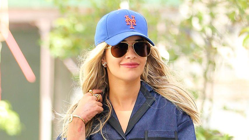 Rita Ora ziemlich freizügig in New York City