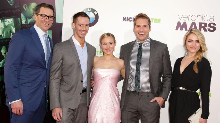 Rob Thomas, Jason Dohring, Kristen Bell, Ryan Hansen und Amanda Noret bei einer Premiere