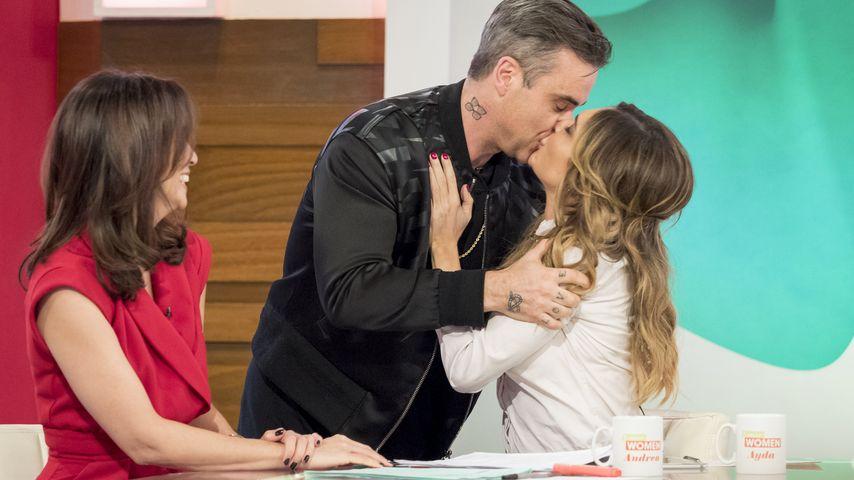 "Robbie Williams und Ayda Field bei ""Loose Women"" in London"
