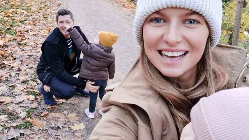 Robert Lewandowski, Anna Lewandowska und ihre Kinder Klara und Laura